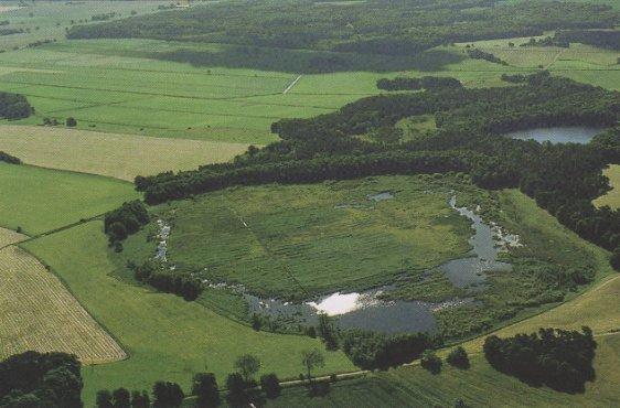 Klinker Plage und Seemoor aus westlicher Richtung (Bild mit freundlicher Genehmigung © Demmler Verlag)