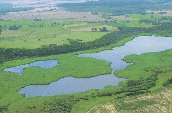 Blick von Norden über die große Freiwasserfläche (Bild mit freundlicher Genehmigung © Demmler Verlag)